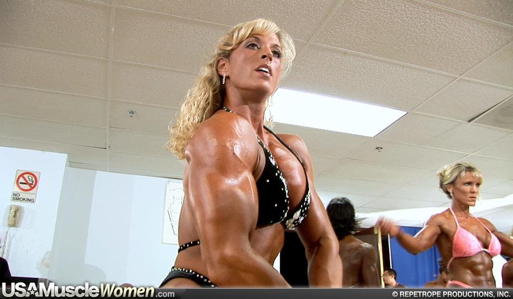 Sexy muscular black women