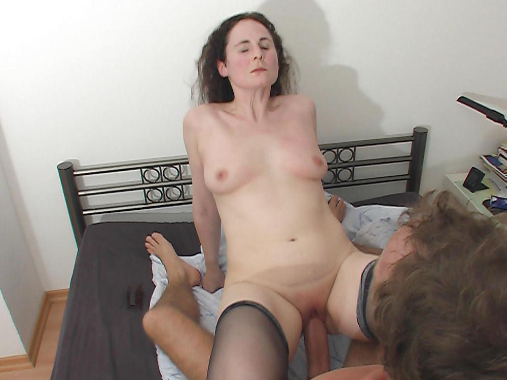 Versaute Milf Latex Orgasmus