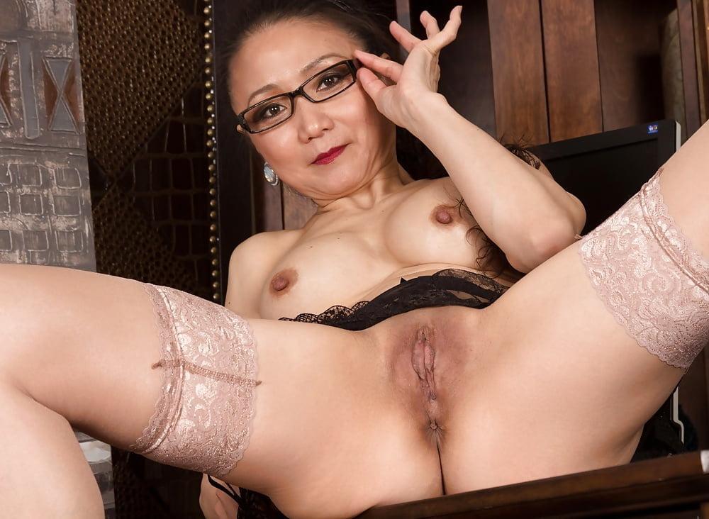 lady-nude-sexual-madras-styles