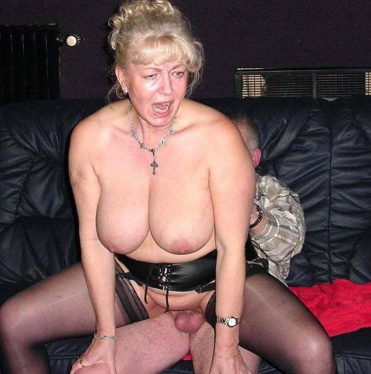 Granny Gilf Grannies Big Tits
