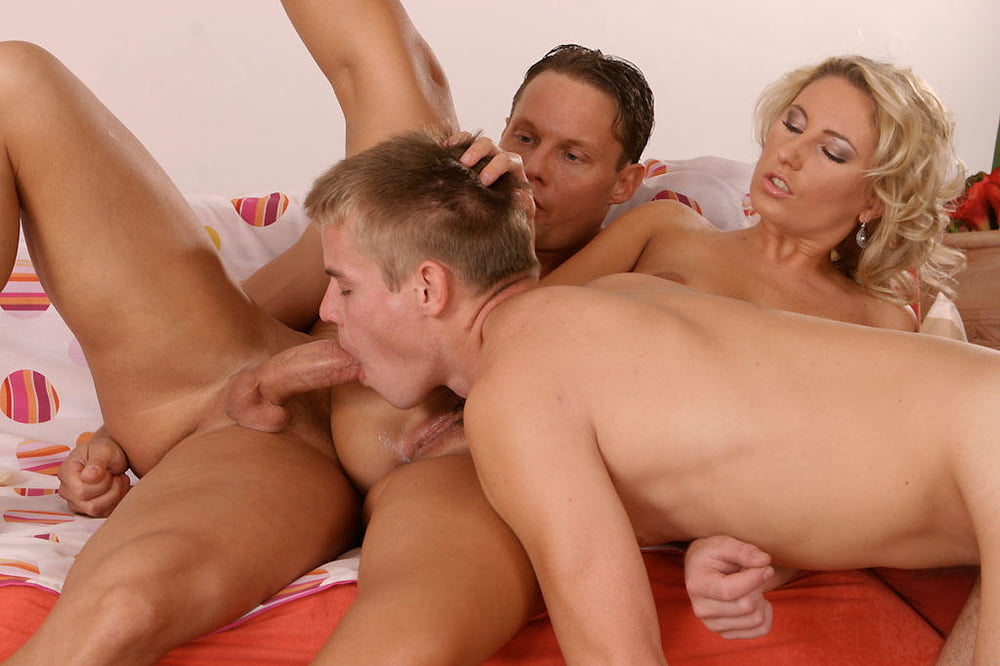 Бисексуалы жаркое порно — pic 4