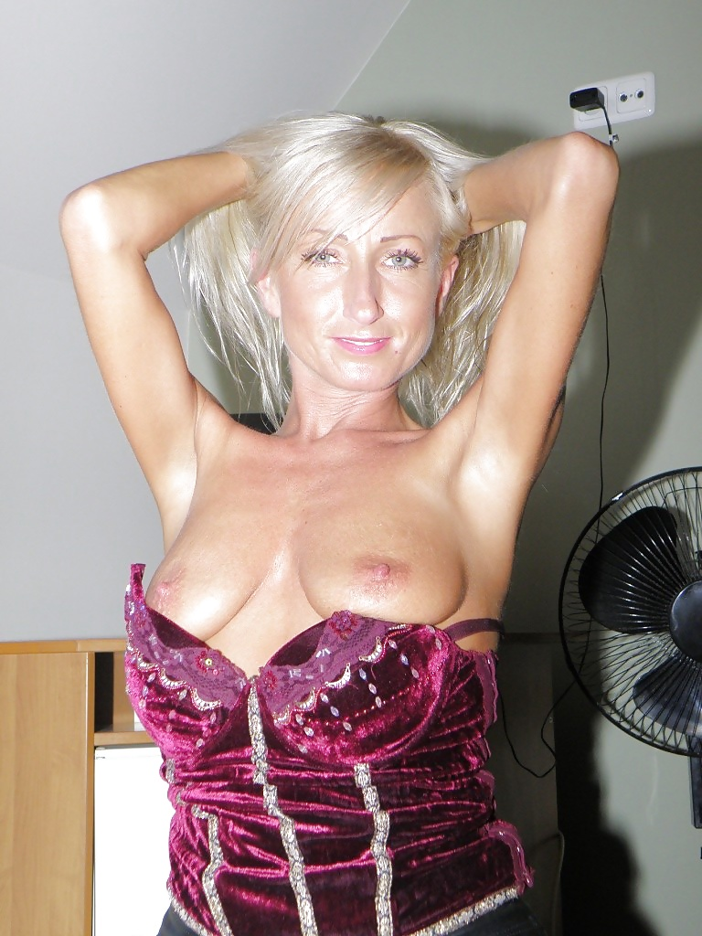 group-polish-milfs-naked