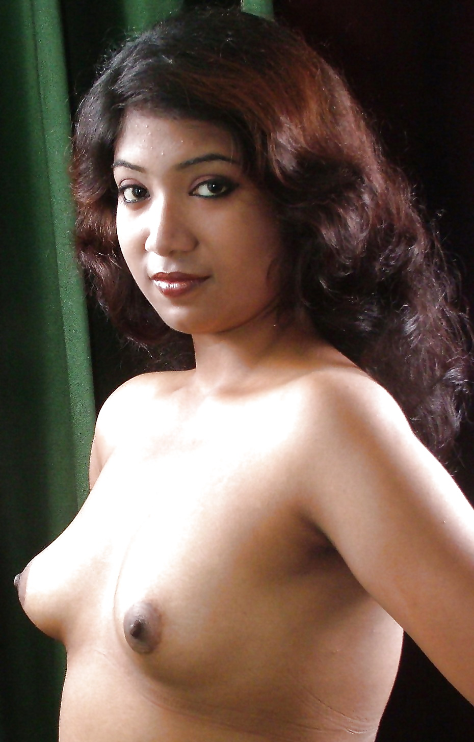 Beautiful young girls boobs indian 5