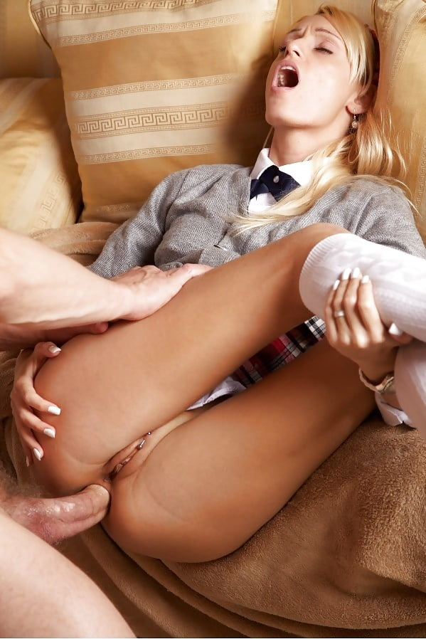 porno-miluyu-blondinku-nakazali-megogou-net-bolshoy-anus-foto