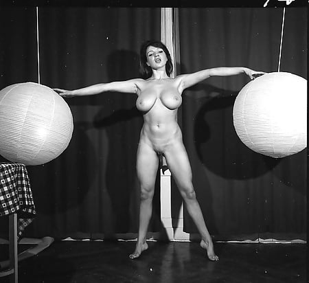 Free Classic Strip Porn Images