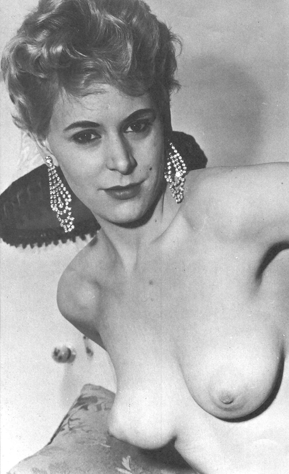 vintage-puffy-nipples-gallery-gangbang-koeln-ehrenfeld