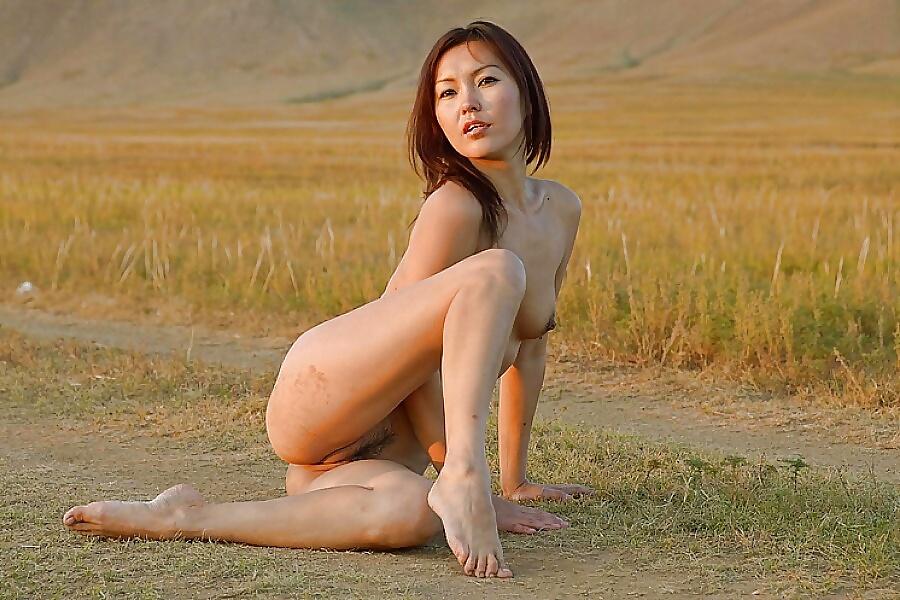 Hot mongolian girl brutally fuck on bed