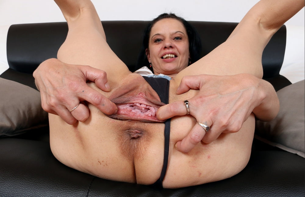 Teen pussy stretched wide