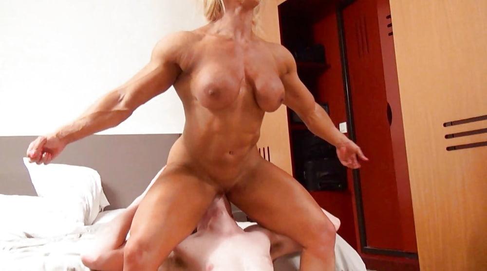 muscular-girl-porn-gif