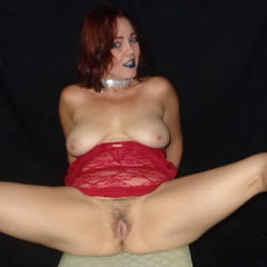 Redhead Wife Has Nice Tits And Bush