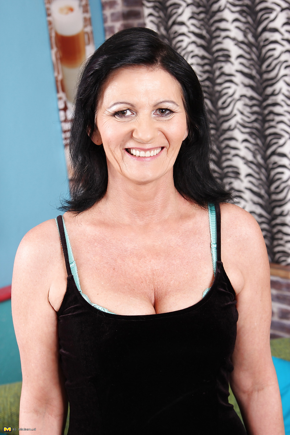 See and save as damn hot milf porn pict