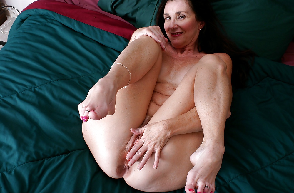granny-feet-sex-pussy-ass-tits