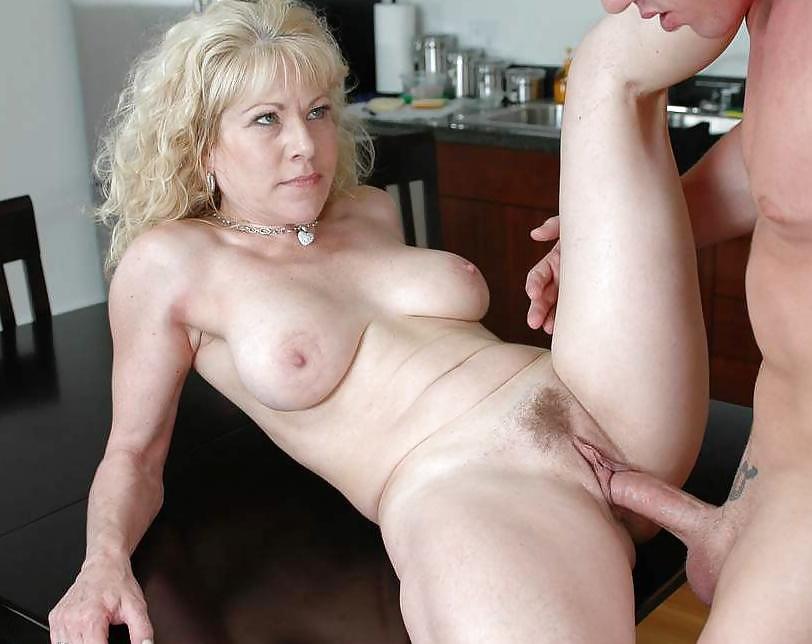 эротический портал порно зрелые и дамы в возрасте который