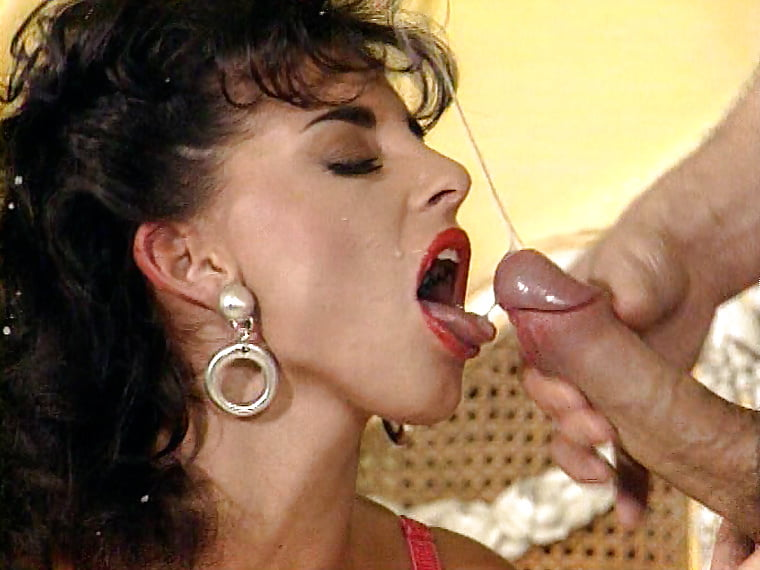 Sarah young drinking cum movie — photo 4