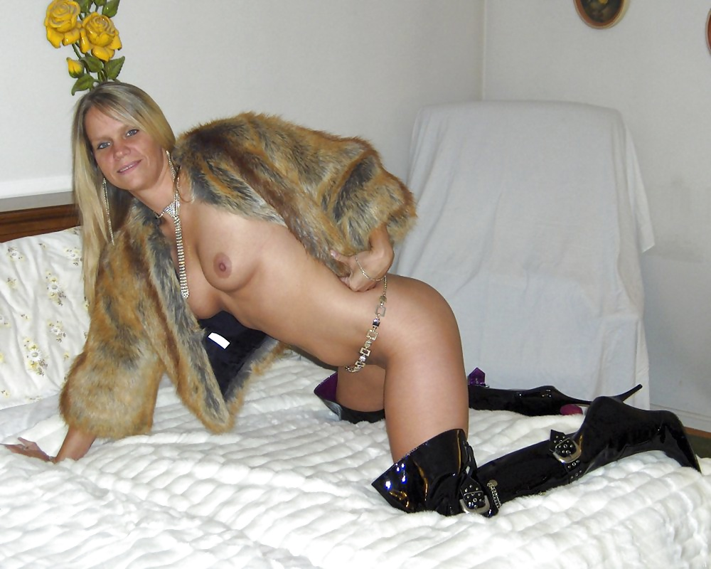 Stories about fur coat bondage