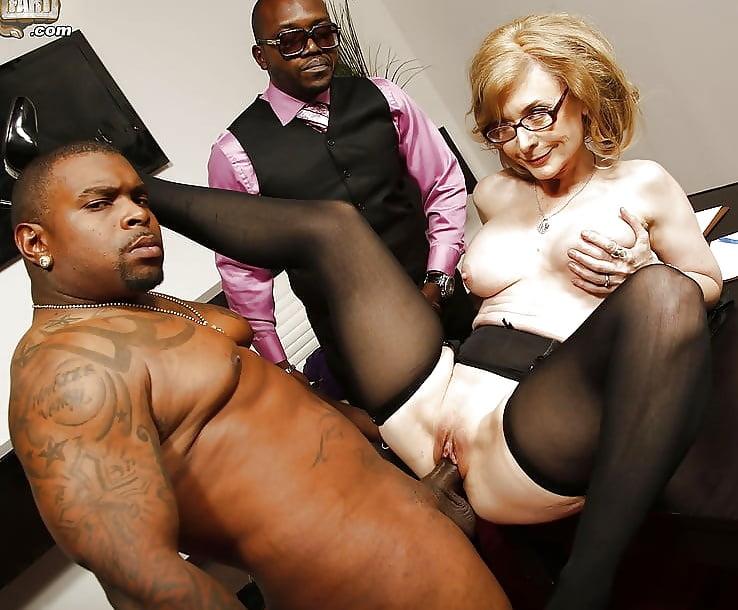 Nina Hartley Porn Pics
