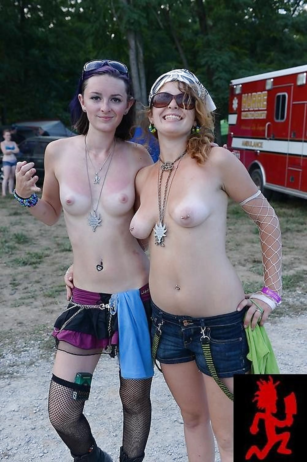 Naked juggalettes