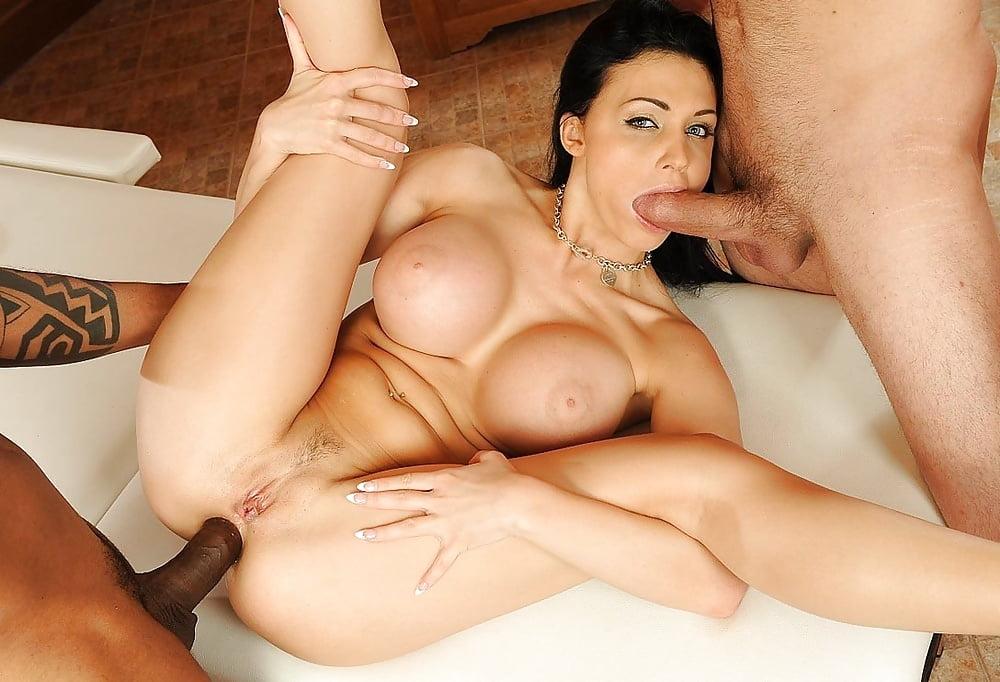Ileana d'cruz blowjob and naked sex deepfake porn