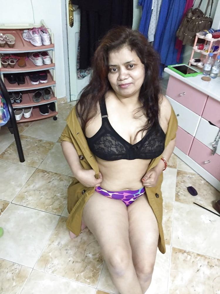 Sex aunty big boobs