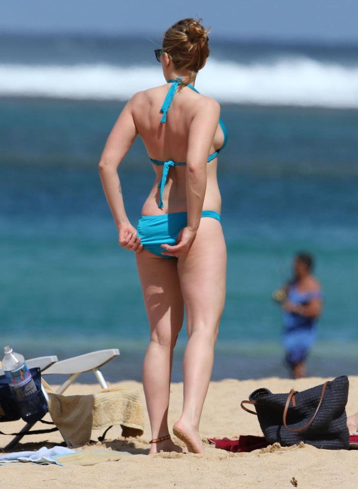 Scarlett johansson bikini photos-2316