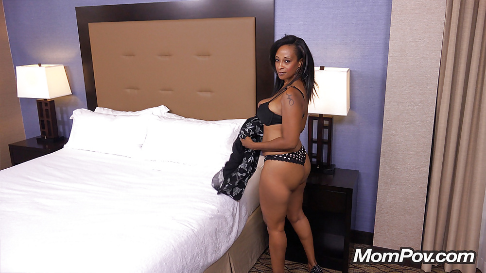 41 Year Old Hot Busty Big Booty Black Mom - 12 Pics -6435