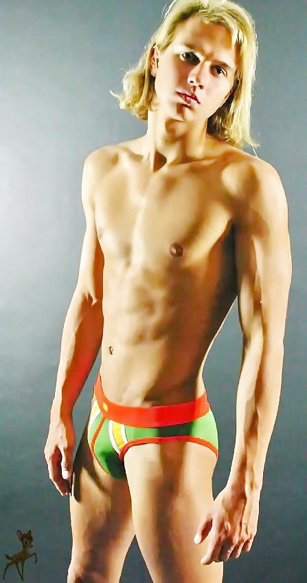 Hot sexy naked gay guys-9670