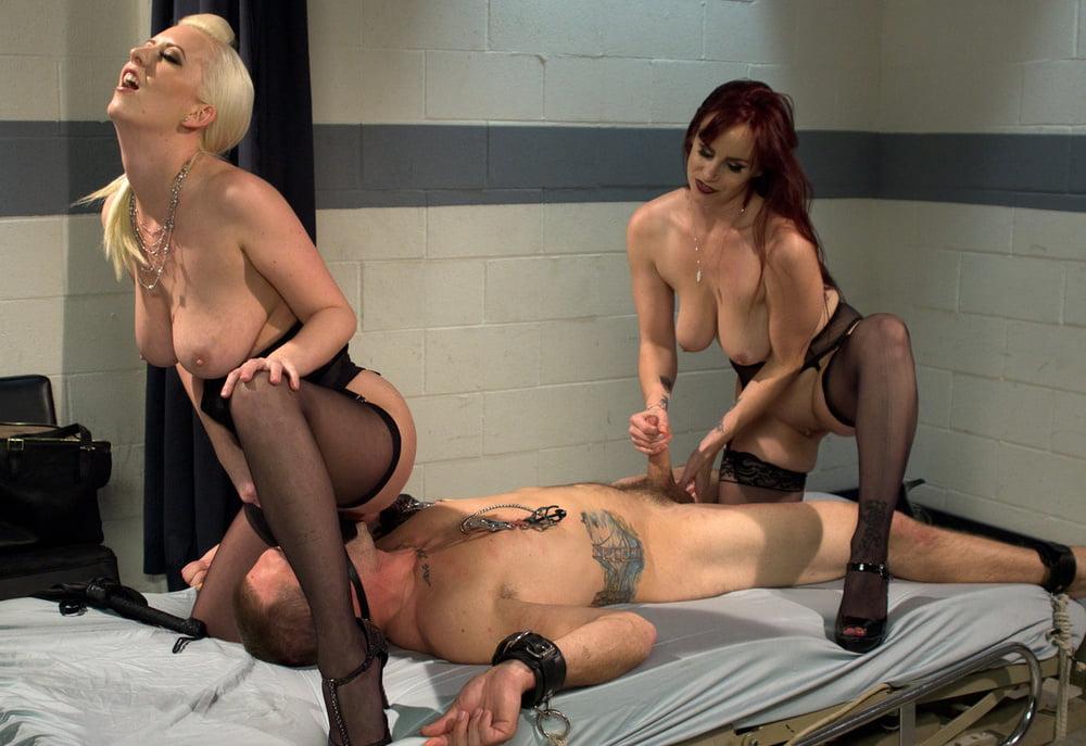 просто секс фантазии страпон медсестры белых