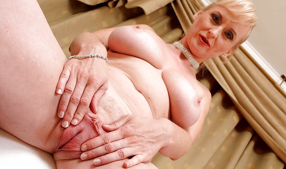 Granny with a tight pussy 3