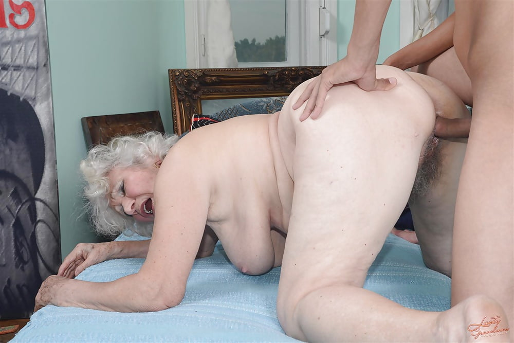 Секс старушкипорно