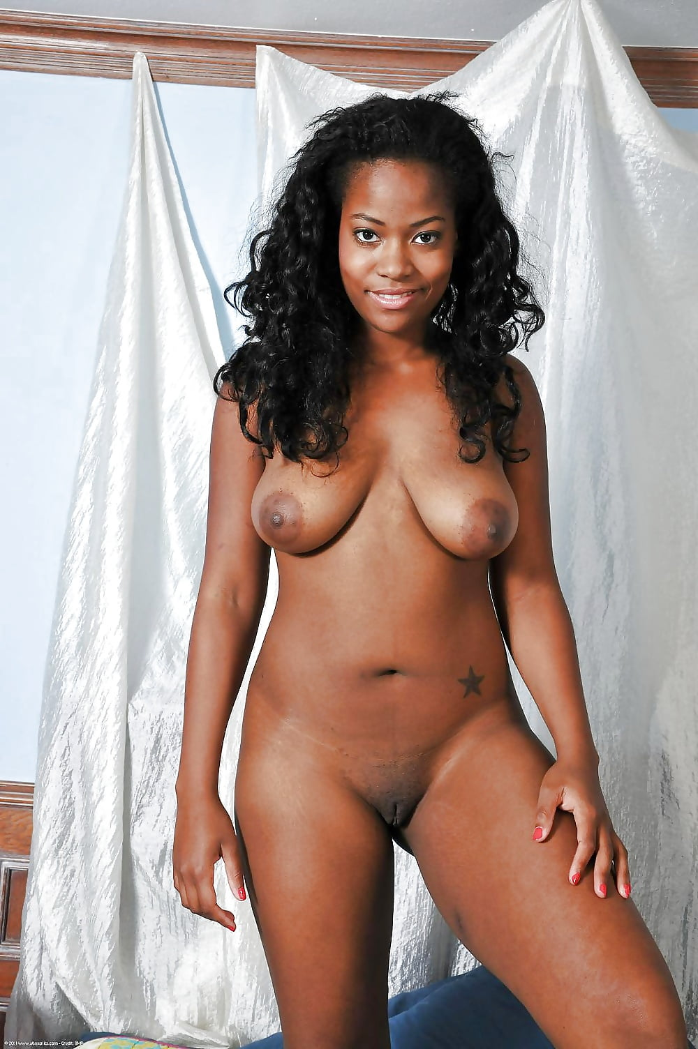 Black Ladies Posing Nude