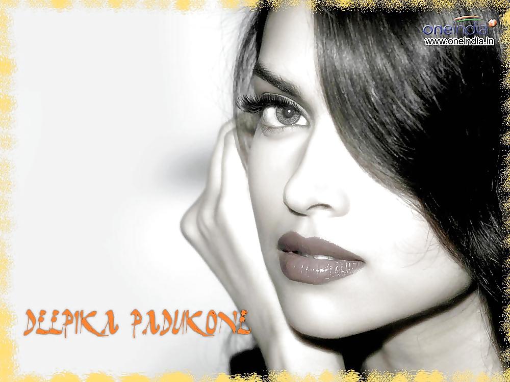 Nude photo of dipika-4803