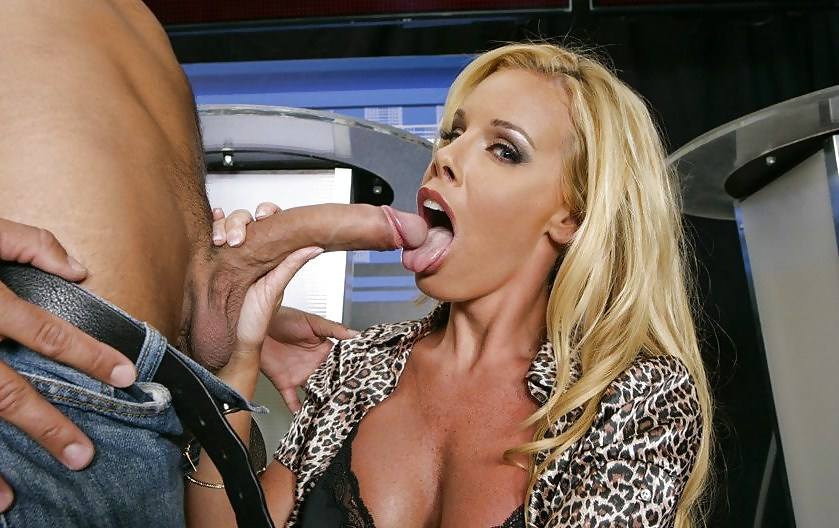 Nicole sheridan getting deepthroat hard