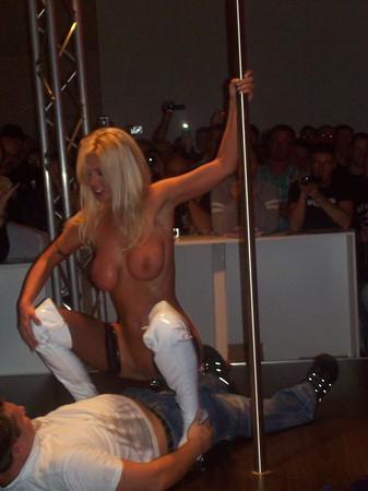German Porno mit junger Vivian Schmitt