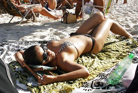 the at Bikini beach butts