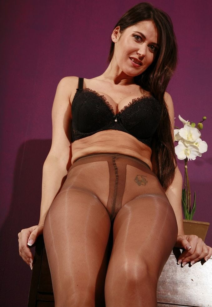 Pantyhose lidia gallery — pic 12