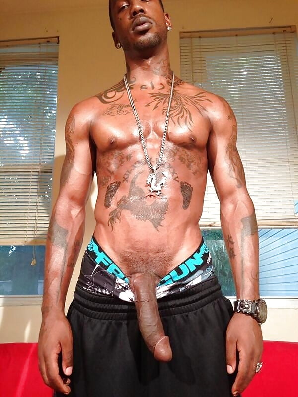 Sexy Black Nude Thug Scenes