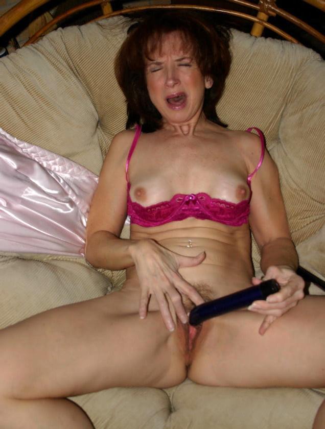 Busty milf orgasm-8542