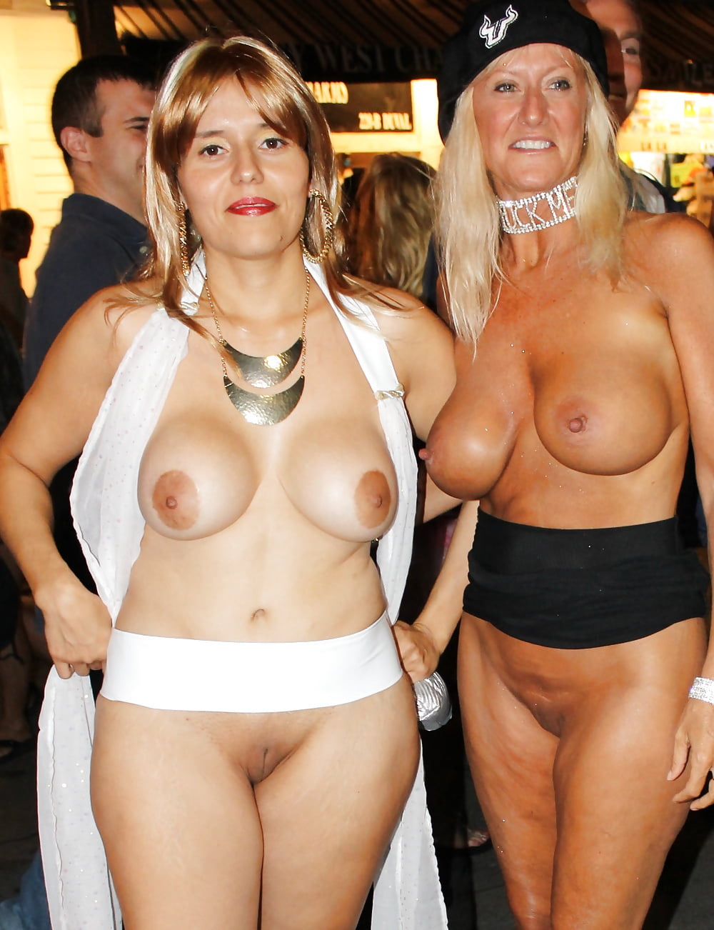 Real glory holes with girls canada