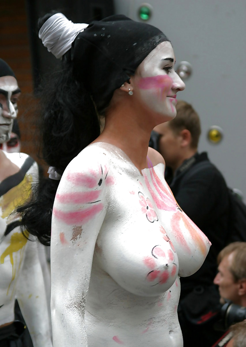 Free painted tits pictures, emmas watson pussy