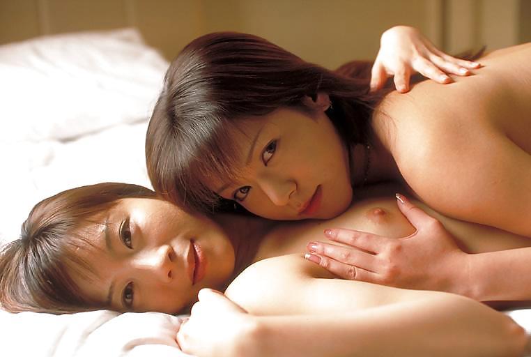 Самые красивые японки лесби, не дает в анал порно