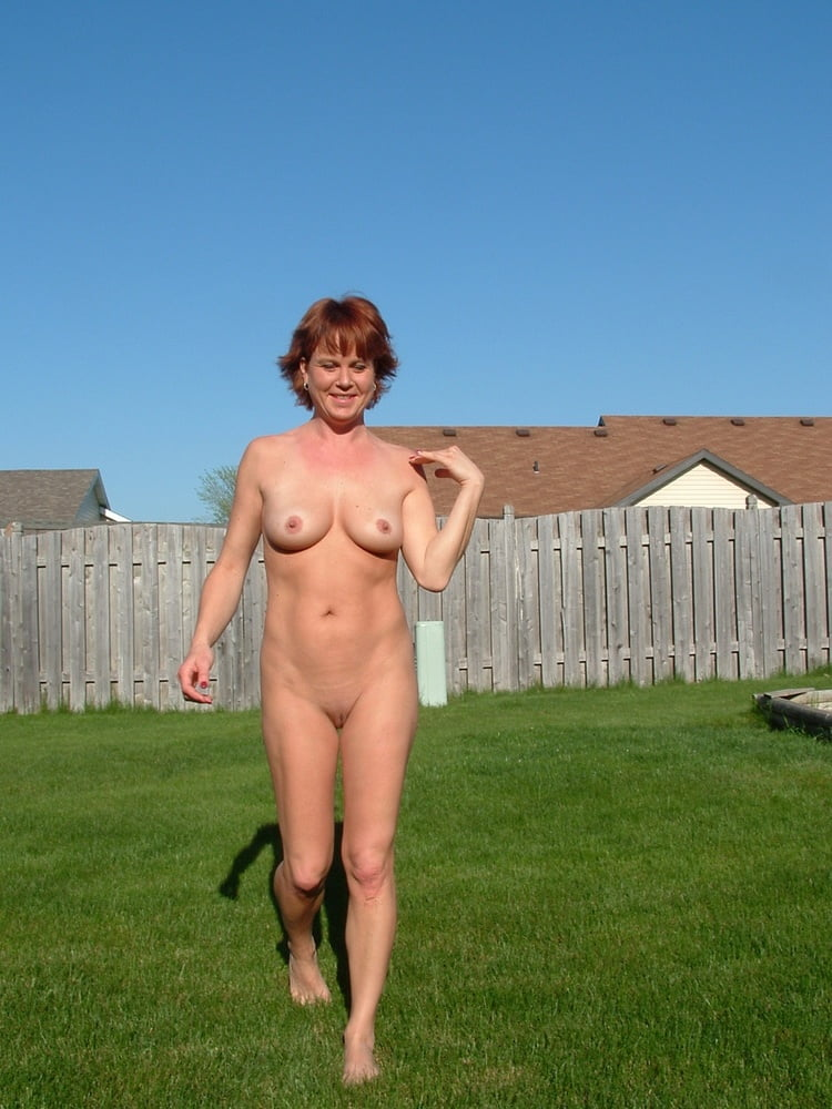 Fully nude outdoors