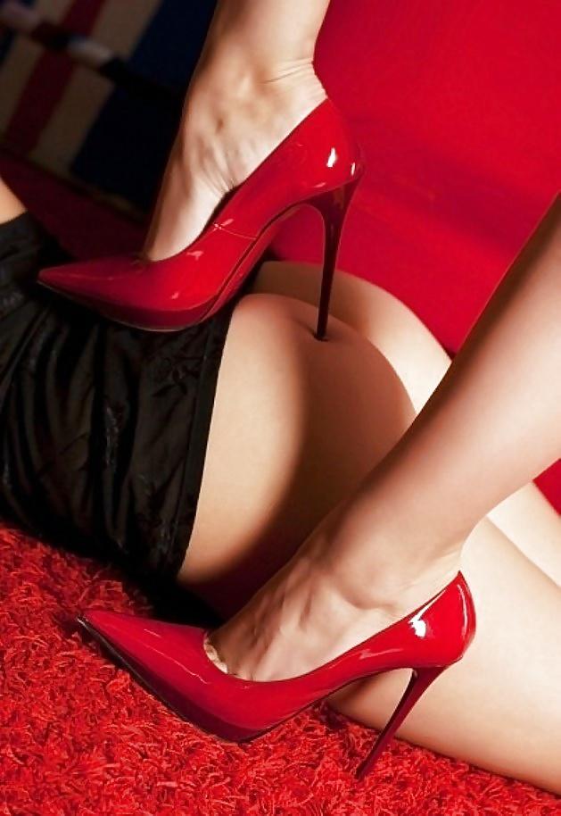 Красные туфли секс фильмы, межгалактическая битва хуев видео