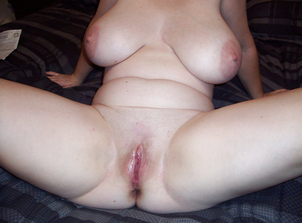 Milf With Big Eyes And Pretty Face Fondling Her Naked Boobs And Pussy