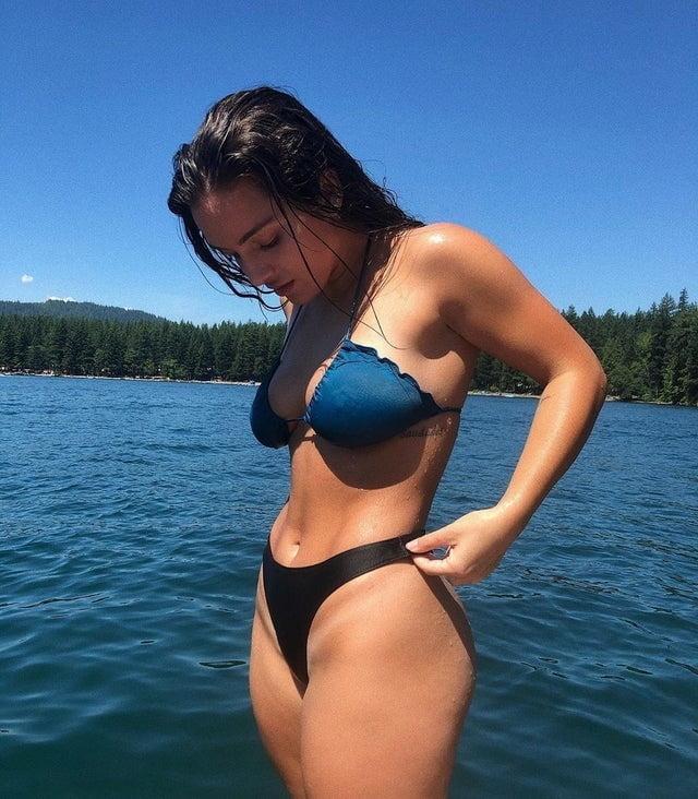 Bikini Babes 51