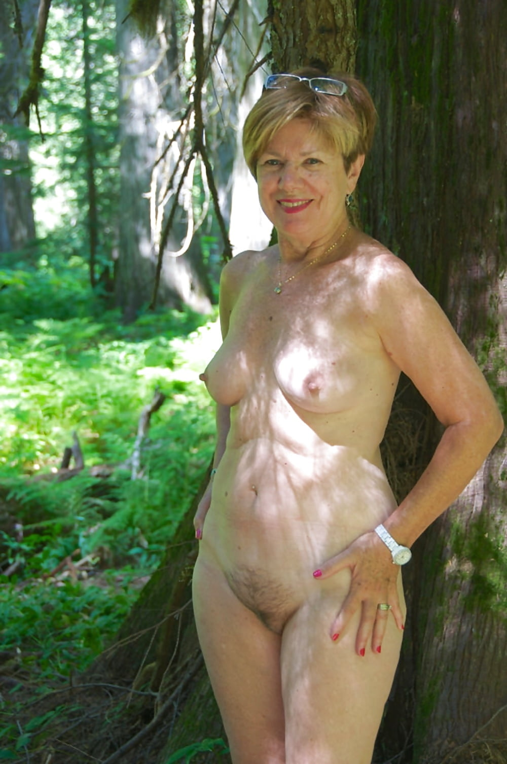 Hot nude mature and naked women photos