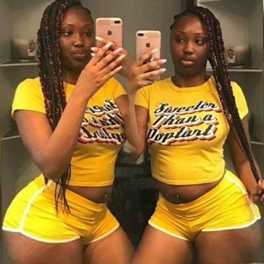 Curvy black women pictures
