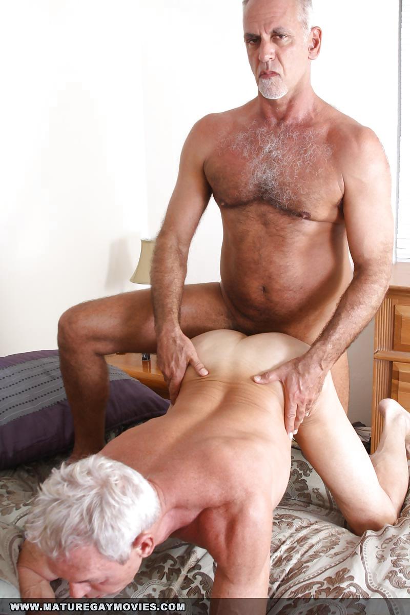 mature-men-sex-thumbs