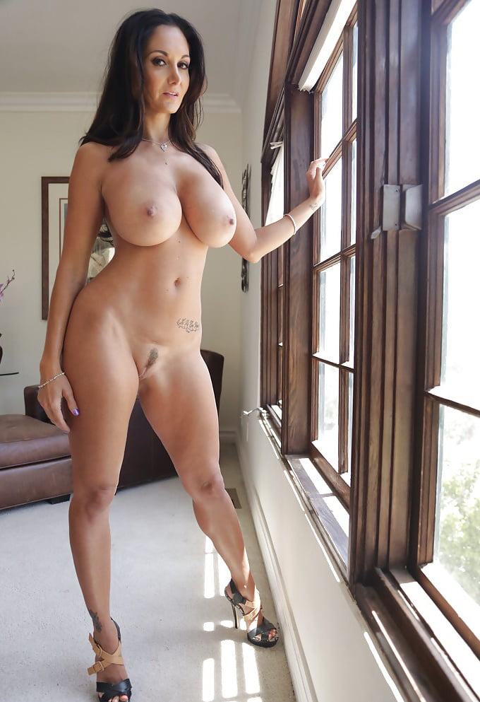 Фото голых больших красивых милф девушек #10