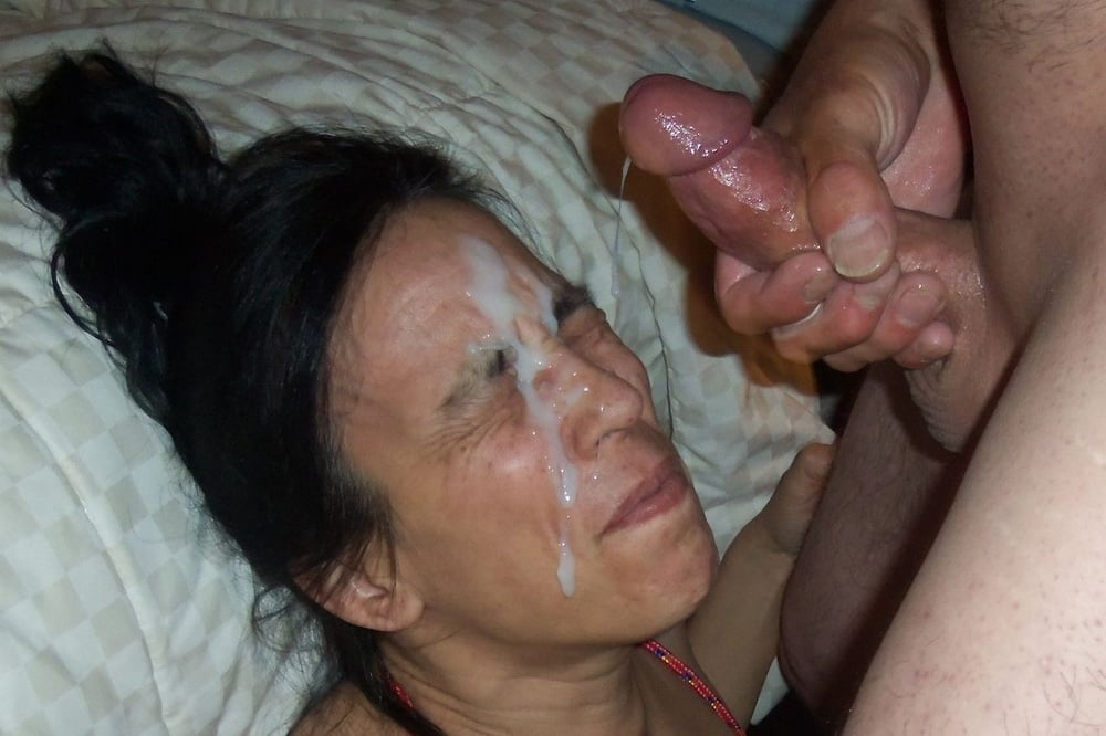 Amateur homemade cumshot facial