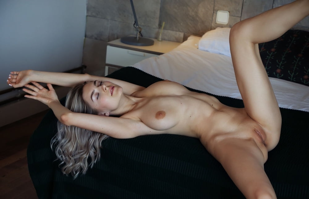 Kinky Christy Mack Pussy Lciking